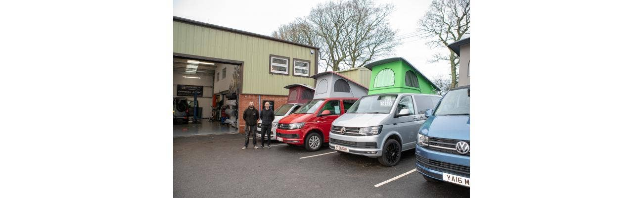 Tom and Ian in front of the VWT workshop