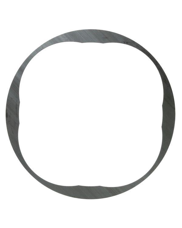 Retaining Ring behind Flywheel Oil Seal