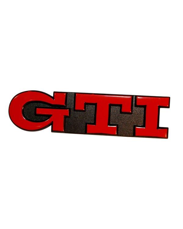 Inscripción de GTI en negro y rojo, Golf
