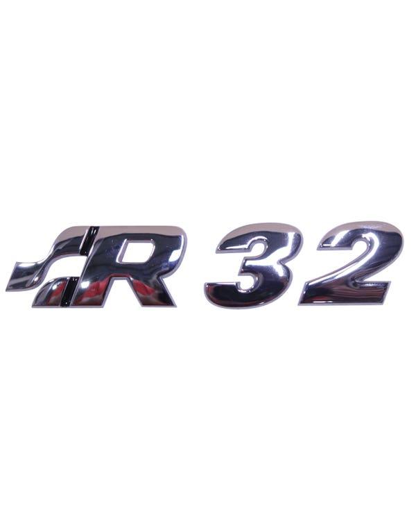 Insignia trasera de R32