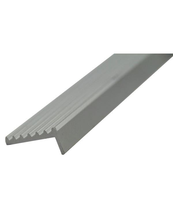 Metalltrim für die Türschwellerplatte