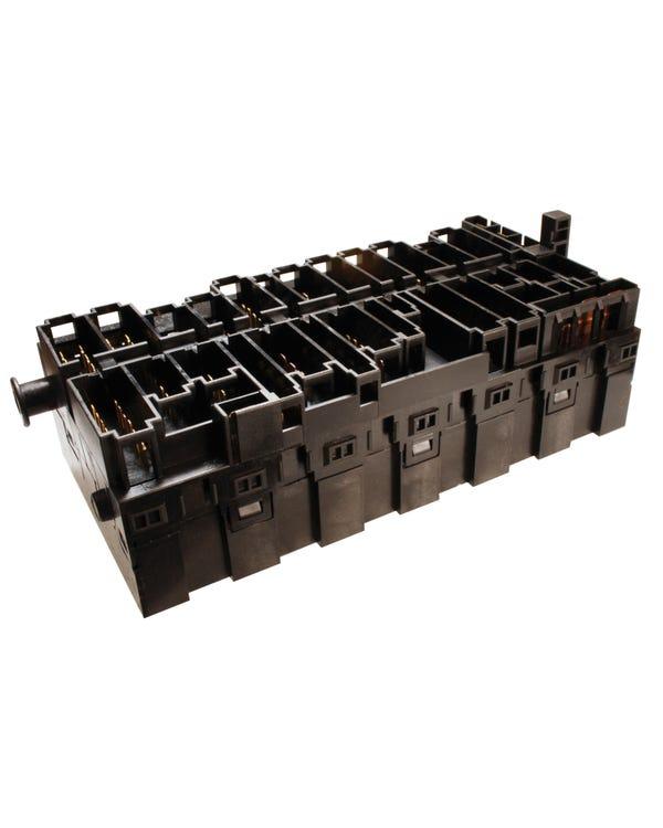 Caja de fusibles para fusibles de tipo cuchilla