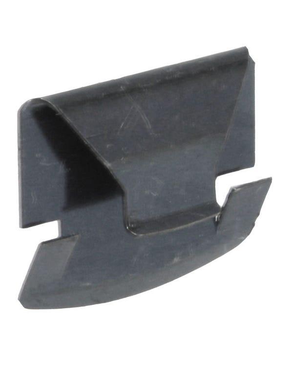Headlight Retaining Clip
