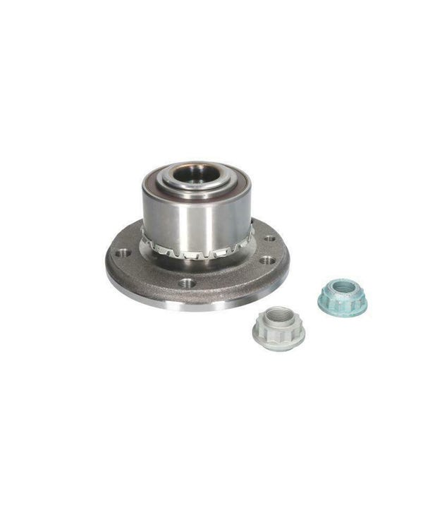 Rear Wheel Bearing Including Hub