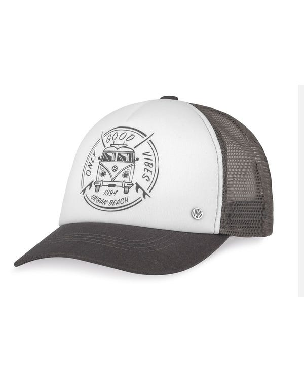 Trucker Cap with a Splitscreen