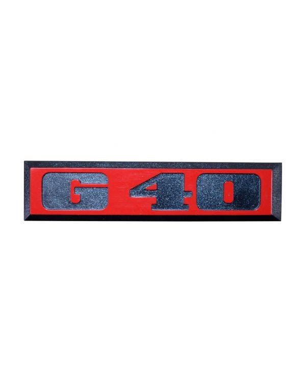 Emblem für die Heckklappe,G40, rot